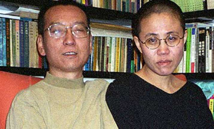 wife allowed to meet jailed chinese nobel winner