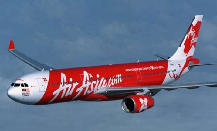 china offers help in search for missing airasia flight