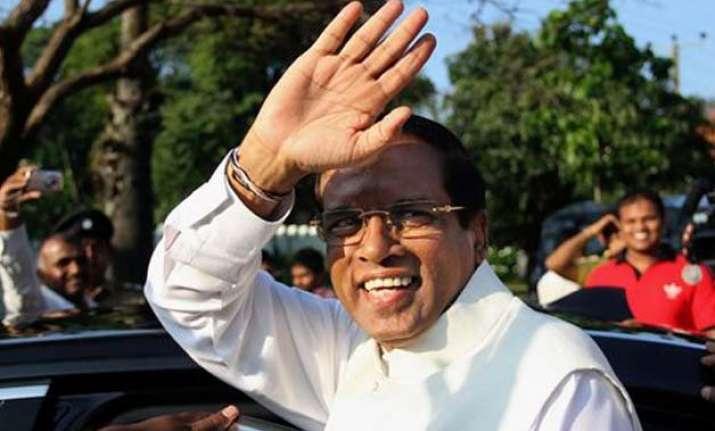 sri lankan president arrives in pakistan