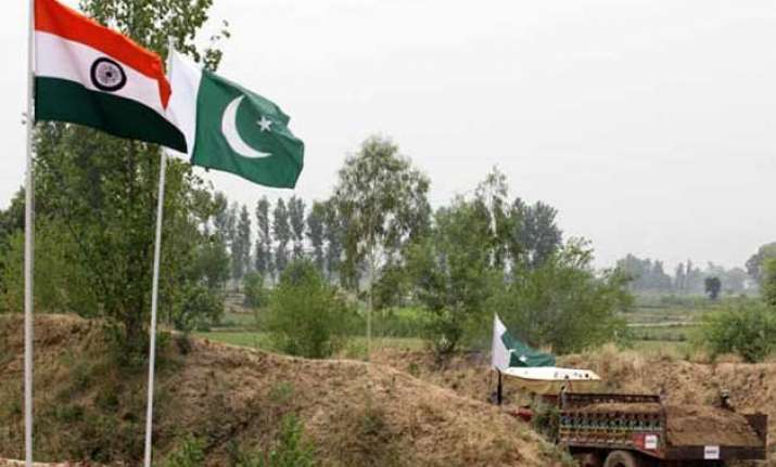 pakistan removes spy cameras from international border