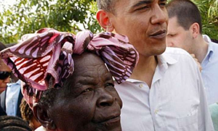 obama s grandma performs haj prays for him to convert to