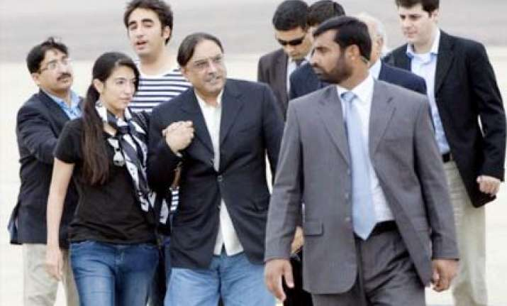 zardari rejects cameron s invitation to spend a night at