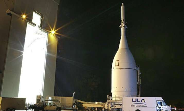 in pics nasa launching new orion spacecraft on test flight