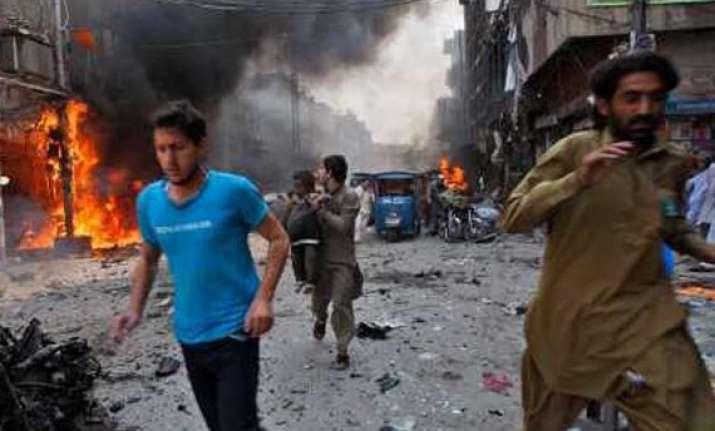 blast in pakistan kills three injures four