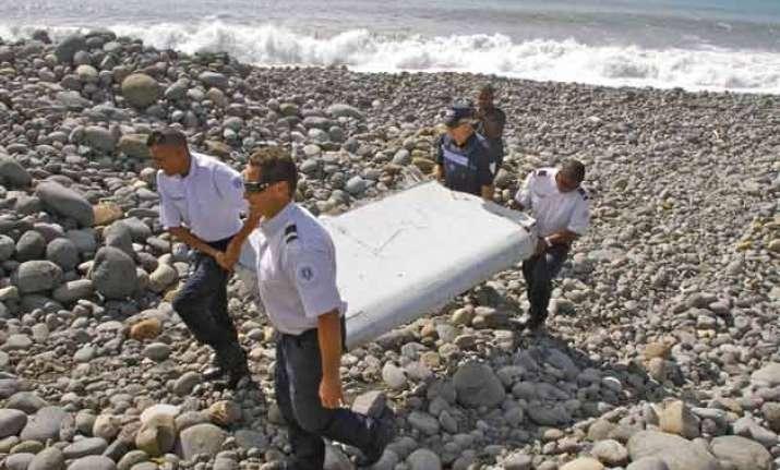 plane debris found in indian ocean won t solve mh370 crash