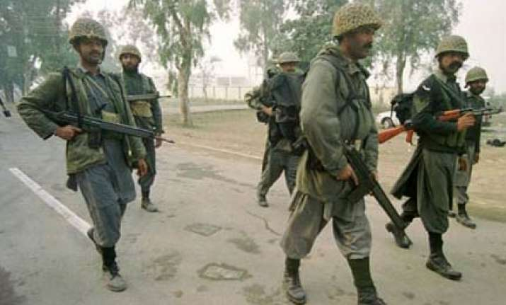 pak increases troops on indian border