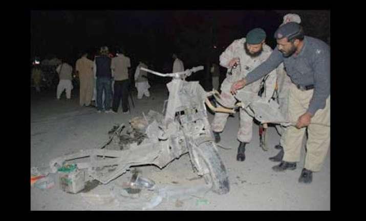 bomb blast outside pak navy office in karachi kills one