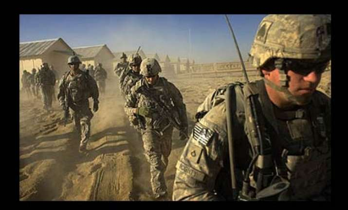 number of us troops in iraq falls below 50 000