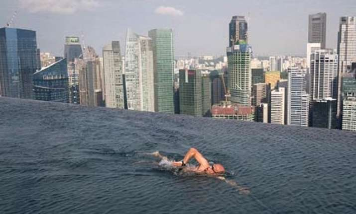 world s largest outdoor pool at 55 storeys up