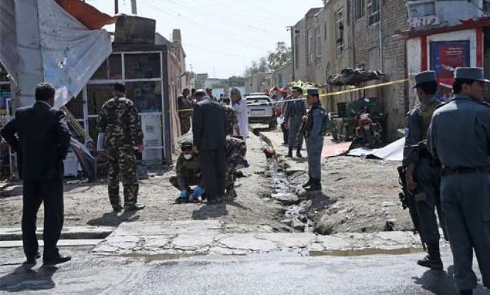taliban attacks kabul as afghanistan s new president takes