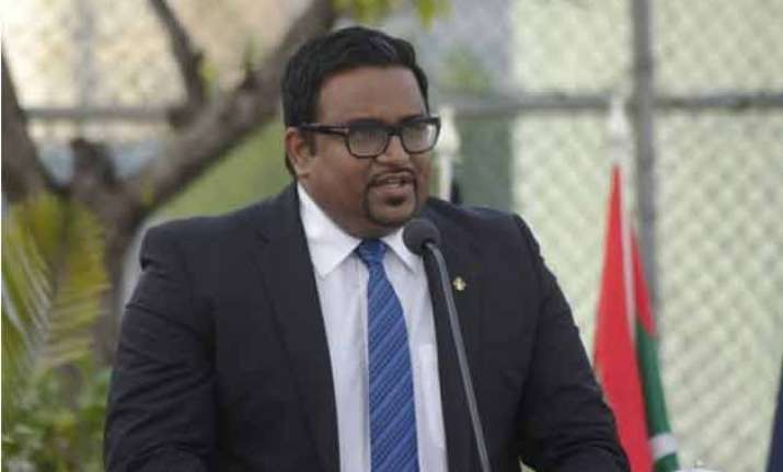 maldives police arrest vice president over blast on