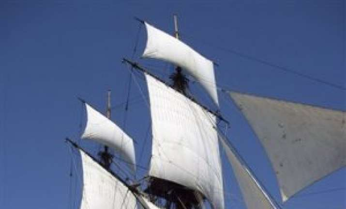 australians to help look for historic ship in us
