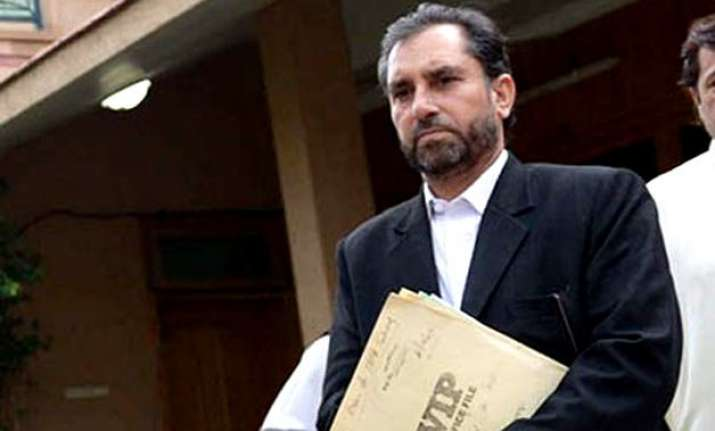 lawyer for pakistan doctor who helped trace osama shot dead