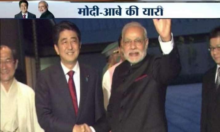 modi abe meet over dinner pitch for robust future in ties