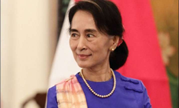 myanmar s opposition leader aung san suu kyi registers for