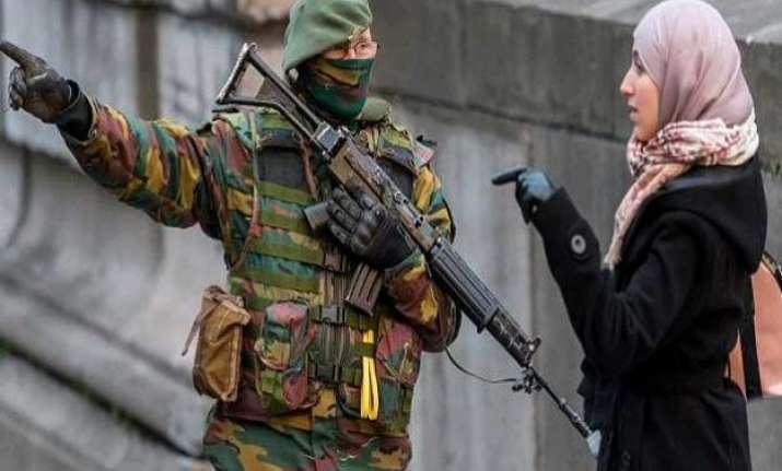 british girls lured by attractive jihadis