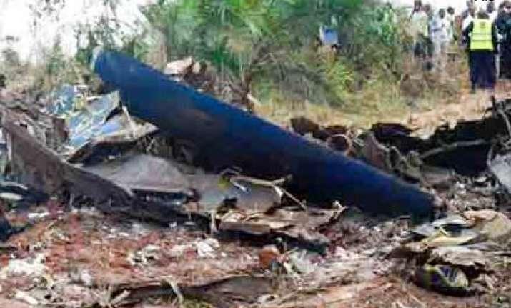 russian plane crashes in siberia 11 dead