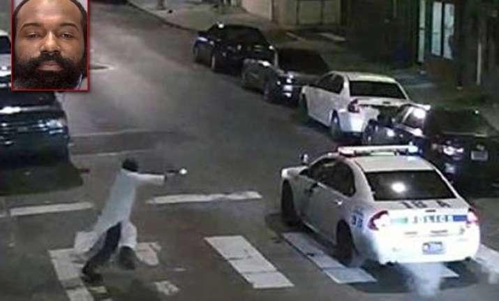 arrested gunman says he shot philadelphia cop in islam s