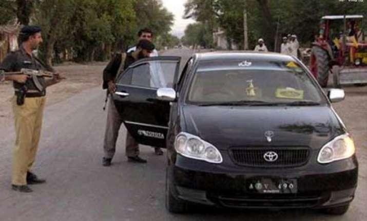pak detains german al qaeda man wearing burqa