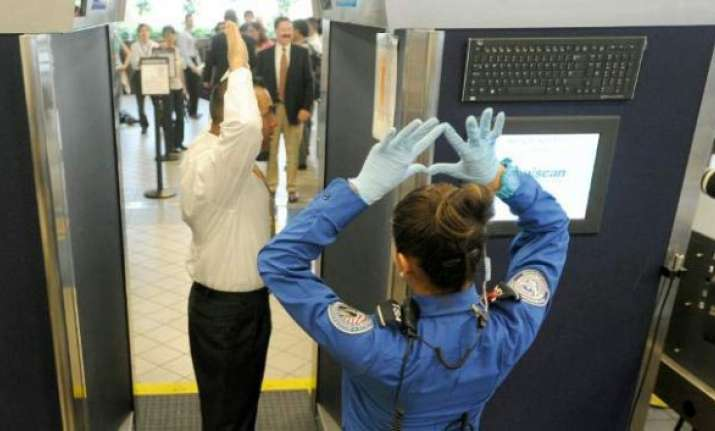 over 400 being questioned daily at australian airport checks