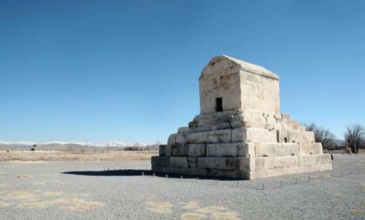 top 5 mausoleums of the world