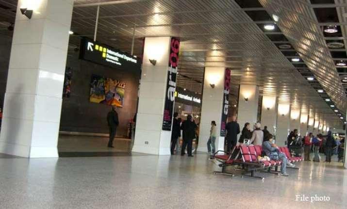 melbourne airport declared safe police