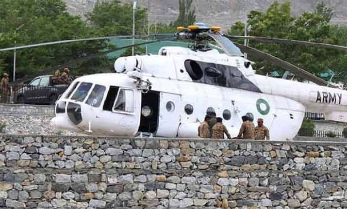 chopper crash foreign delegations in pak to take back bodies
