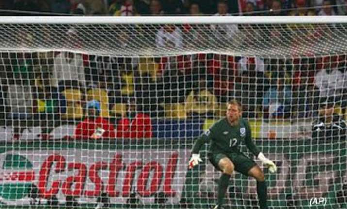 goalkeeper blunder hands us 1 1 draw with england
