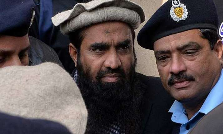 us uk ask pakistan to hand over lakhvi to india