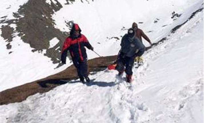 nepal snowstorm toll reaches 37 over 100 still missing