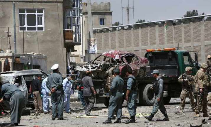 suicide bomber strikes foreign convoy near kabul airport 3