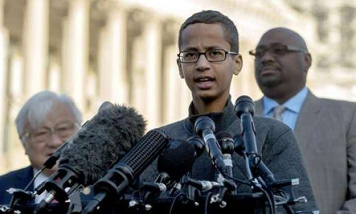 muslim teen arrested in texas for home made clock to study