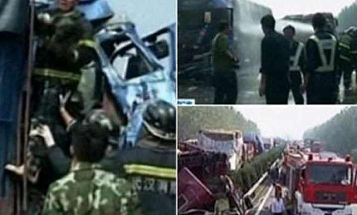 china motorway pile up kills eight