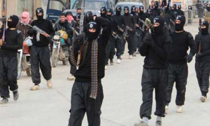 isis plans large scale mumbai style attacks in europe
