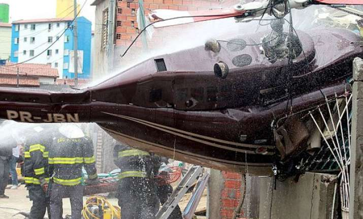 four dead as helicopter crashes in brazil