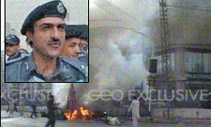 pak frontier constabulary chief killed in suicide attack