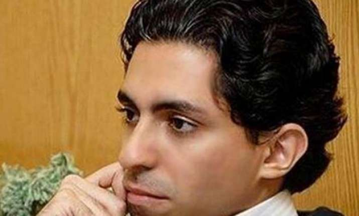saudi blogger to be publicly given 1 000 lashes 10 years