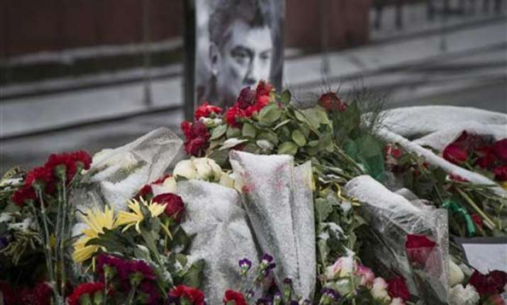 russia 2 suspects detained in murder of boris nemtsov