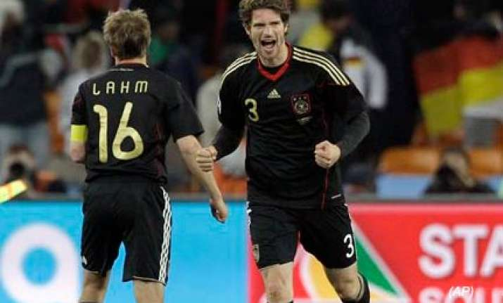 germany beat ghana 1 0 to qualify for knock out phase