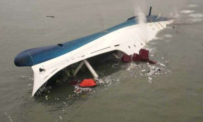 myanmar ferry capsizes 33 dead at least a dozen missing