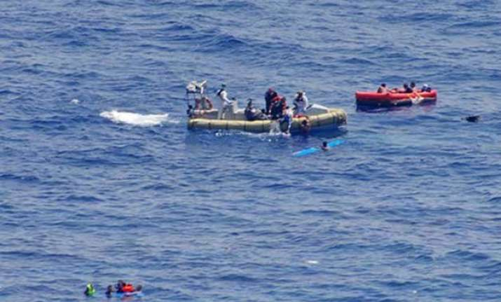 italy at least 40 migrants dead at sea 320 others rescued