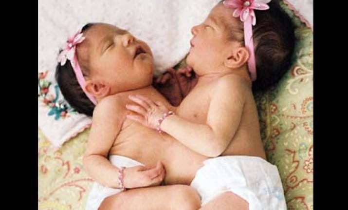 two sisters one heart whom to choose parents face a hard