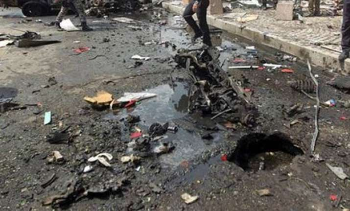 iraq suicide car bomb kills at least 80 in eastern province