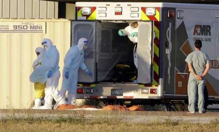 1st dallas nurse with ebola headed to maryland