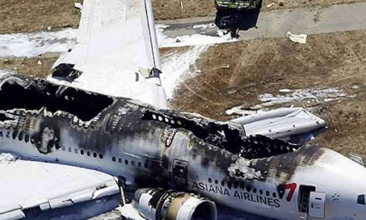 lone survivors of the world s deadliest plane crashes