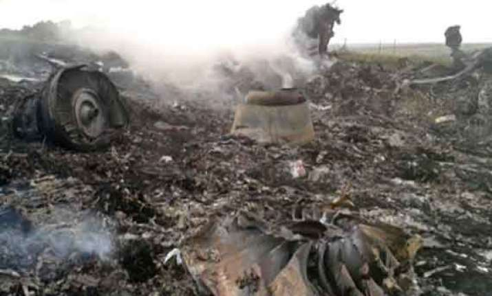 new human remains found at mh17 crash site dutch pm