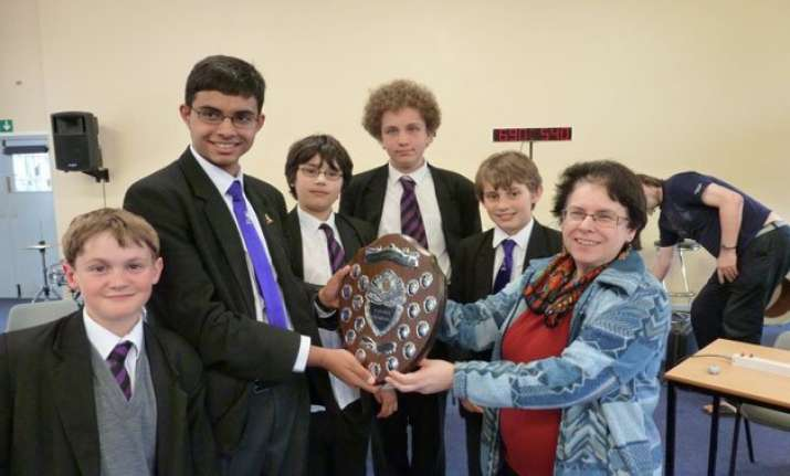 indian origin schoolboy in uk wins major physics prize