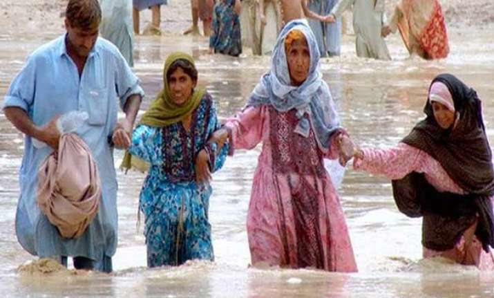 pakistan floods affect thousands un