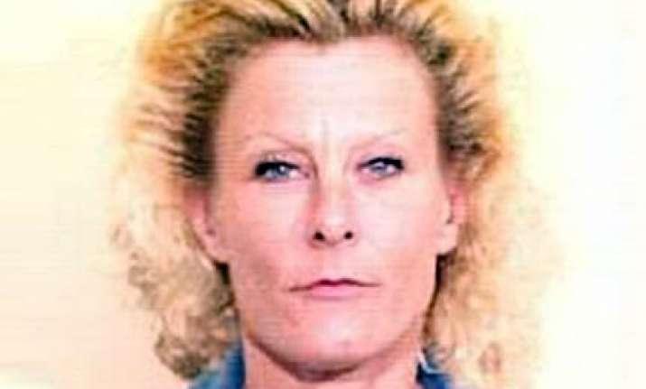 us woman charged with recruiting jihadis