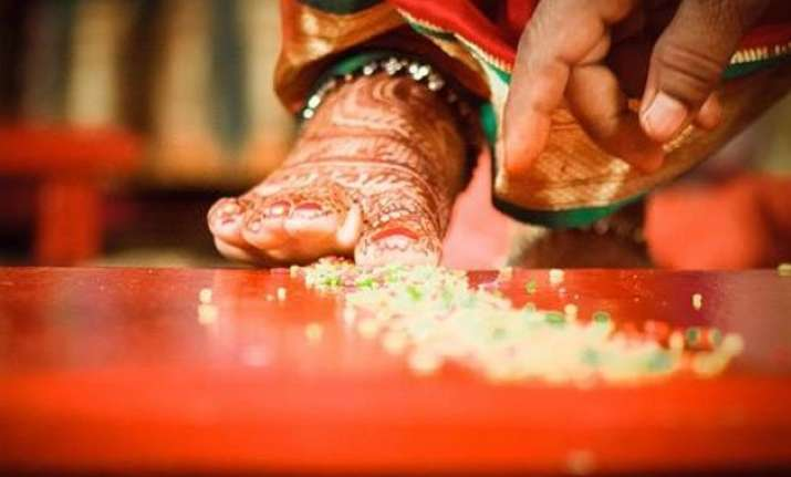 pakistan approves hindu marriage bill after decades of